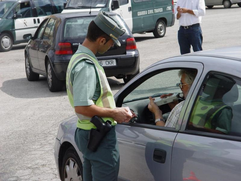 No soplar en un control de alcoholemia sólo es delito si se prueba que el conductor estaba bebido